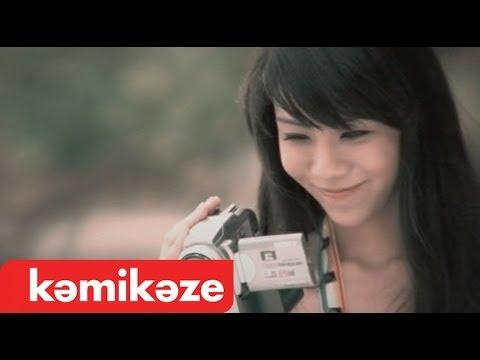 Official Mv  เป็นเพื่อนเธอไม่ได้จริงๆ : Knomjean