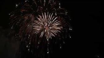 Timantteja taivalla: Uuden vuoden ilotulitus Tampereella 31.12.2011. New years 2012 fireworks.