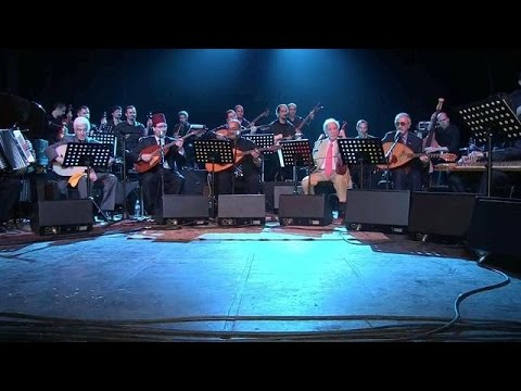 El Gusto orchestra reunites Jewish and Muslim musicians on stage