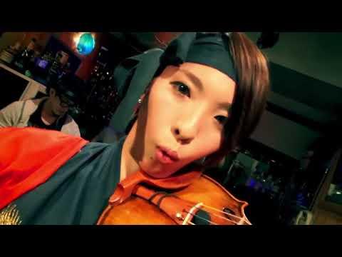 美女2人のバイオリニストが素晴らしい