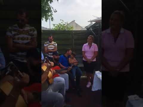 Kimberley Joseph gispy kakou chante un cantique