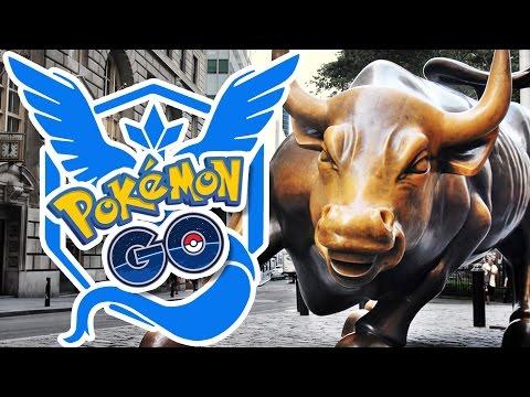 JOINING TEAM MYSTIC!! | Pokémon GO in NYC