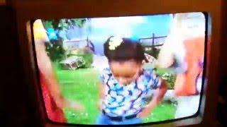 Gullah Gullah Island Song Clip - The Wheels Go Round and Round