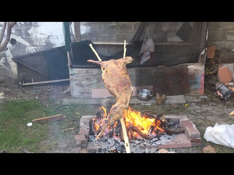 Ep1. How To - Lamb Spit Roast!!! (Spit Braai)