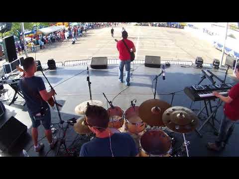Calma amor - Lucas Lucco (sound check) Brasilian Day USA