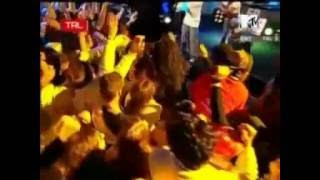 Repeat youtube video Outta Control - 50 Cent   Live