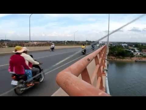 Asian Travel | Cambodia Travel To The View on Prek Tamak Bridge | GiGoGo