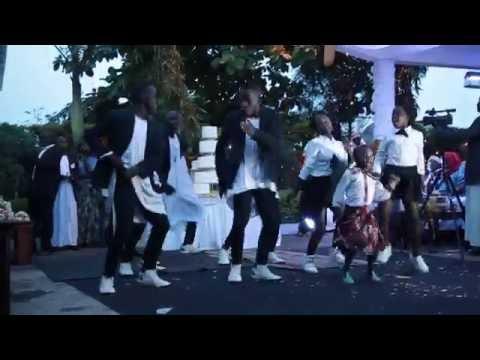 Kadondo style wedding performance with Ghetto Kids