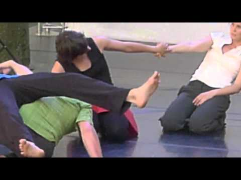 Performance de danse contact improvisation