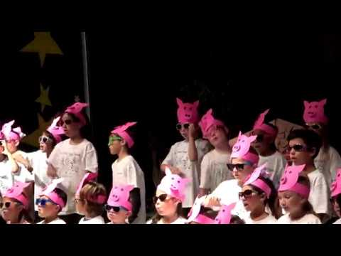 "Abby in ""The 3-Piggy Opera"" at Reidy Creek Elementary School"