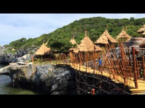 ปารีฮัท เกาะสีชัง 1 ใน 10 รีสอร์ทที่น่าไปฮันนีมูนที่สุดในโลก Paree Hut Koh Sichang Resort