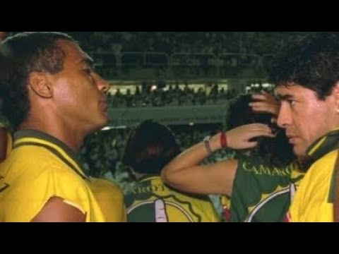 Diego Maradona Vs Romario - Freestyle Battle