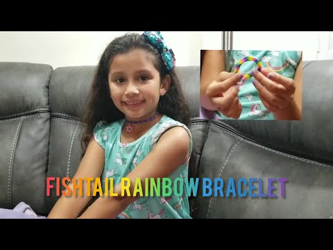How To Make A Fishtail Rainbow Loom Bracelet With Fingers | DIY