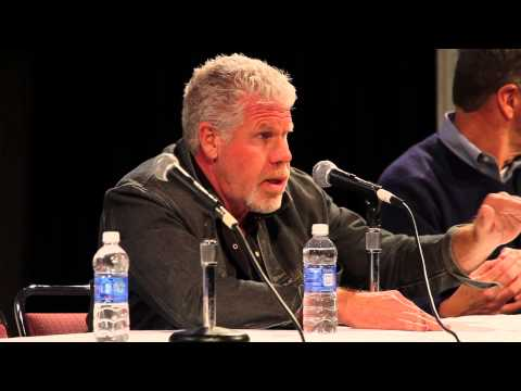 Q&A: Ron Perlman & Kim Coates Sons of Anarchy at Wizard World Con