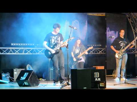 Another Girl Another Planet - Blink 182 (Cover by GHENT) - Talent Show 2014 EEB1