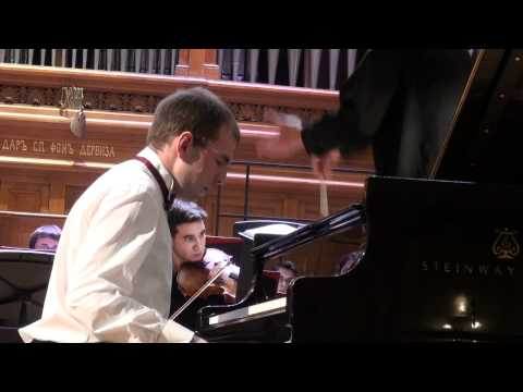 Shostakovich Piano concerto No.2 Andrei Korobeinikov (piano)