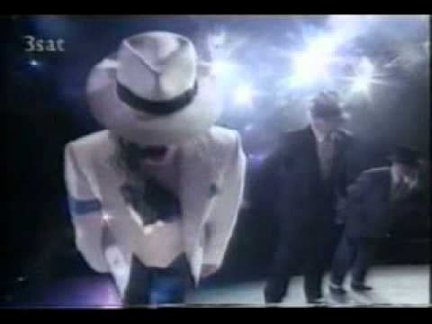 Smack That Feat. Michael Jackson Awesome Tribute (with lyrics of the song)