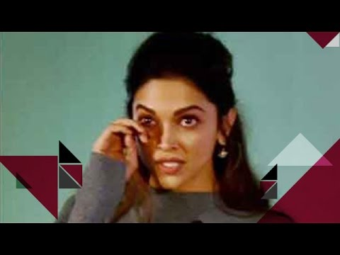 Deepika Padukone Cries In Public | Bollywood News
