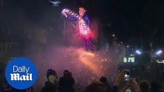 Mexicans burn effigies of Trump during Easter celebrations - Daily Mail