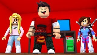 THE MOST ANNOYING BEAST IN FLEE THE FACILITY! (Roblox)