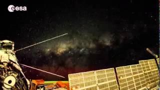 Европейское космическое агентство опубликовало необычное видео Земли(Европейское космическое агентство опубликовало на днях необыкновенное видео, смонтированное из 12,5 тысяч..., 2014-12-28T06:50:40.000Z)