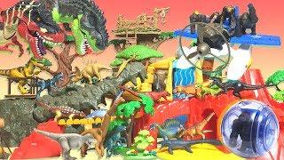Treasure search at Dinosaur Adventure Park Ania Schleich
