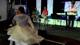 Worship dance to reckless love by Israel Houghton