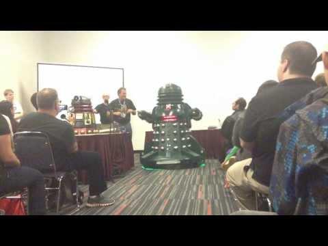 Montreal ComicCon 2013 - Dalek building 101