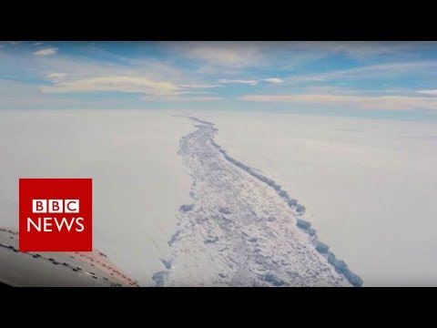 Giant iceberg splits from Antarctic - BBC News