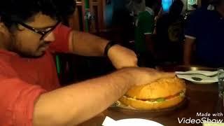 1.5 kg Burger!!!Man Vs Burger Challenge at Irish house Mumbai completed successfully