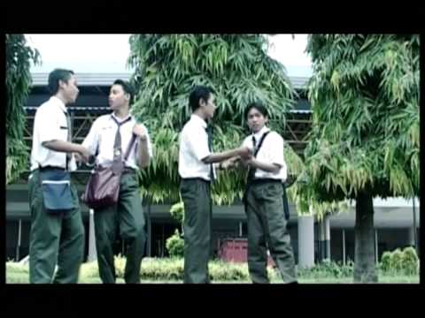 Antz feat. Elyana - Cinta Remaja (Official Music Video)