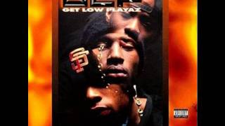 Get low Playaz-Straight Out the Labb