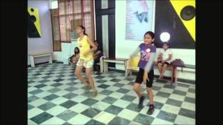 how to dance on Party on my mind Race 2 by  Rockstar Academy chandigarh - Aaliya & Akanksha