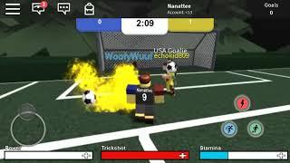Playing Kick Off on ROBLOX. On mobile... - Nate