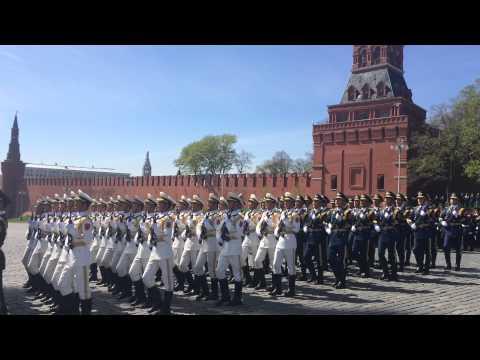 Китайцы поют песню Катюша! на генеральной репетиции парада победы..