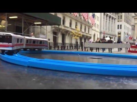 Plarail Tokyo Metro 02 series visit New York Stock Exchange Wall Street (02632)