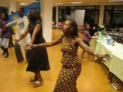 Rwanda Tradional Dancing YT