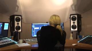 Mia Julia - Die immer nackt (Die immer Lacht Cover) Prewiev Promotionvideo