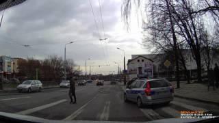 Sytuacja na przejściu dla pieszych przy ul Fabrycznej w Lublinie