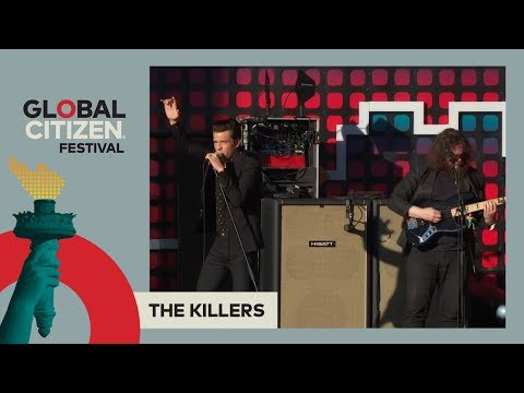 The Killers Perform 'When You Were Young'...