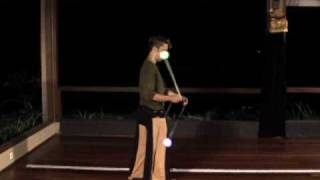 Poi Dancing Lesson: Turning Freely with Split-time Opposites