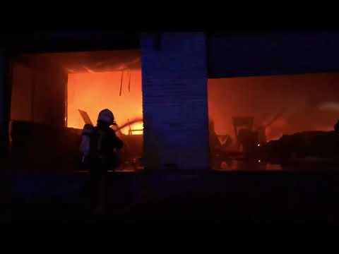 Grave incendio en naves abandonadas de Sor Ángela de la Cruz