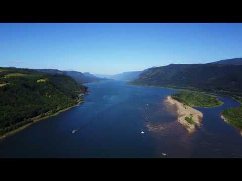 Relaxing Peaceful Drone Footage of the Columbia River Gorge
