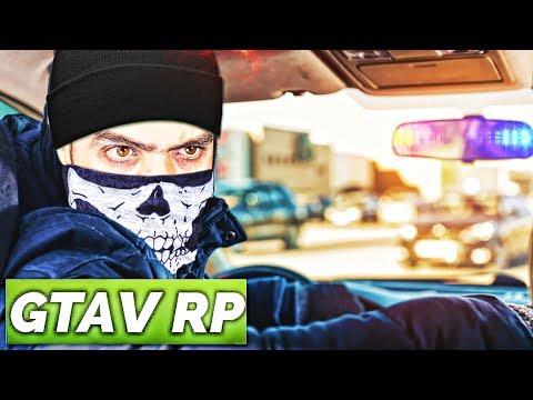 MONTE DANS LA VOITURE ET FERME LA ! ( GTA RP ) - Прикольное видео онлайн