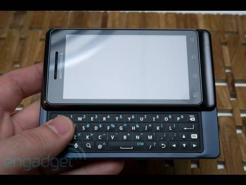 Motorola Droid Pro and Droid 2 World Edition First Look