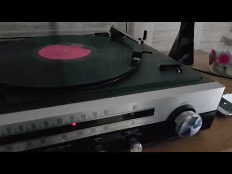 vintage 1970s SANYO GXT4507 Stereo Music Centre