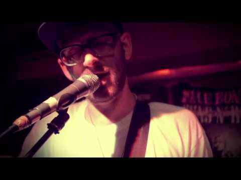 Male Bonding - Channeling (LIVE PERFORMANCE VIDEO)