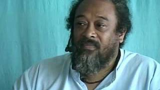 Mooji ~ The Futility of Thought (Silent Retreat - India)