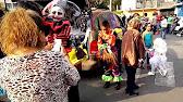 Salida De Los Monster Cars Youtube