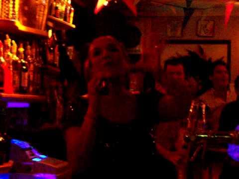 Patty brard zingt dolly dots medley
